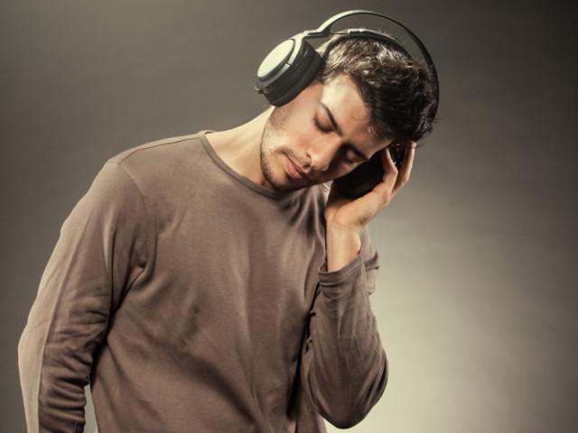主動式抗噪耳機